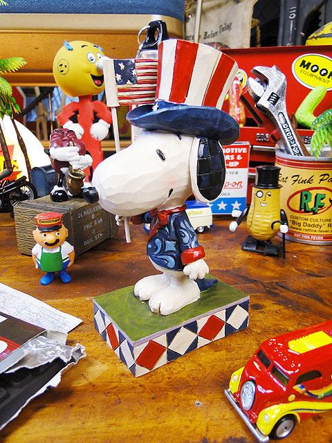■ アナタの永久コレクションにアメリカの国民的キャラクターをどうぞ! パトリオット・スヌーピーのコレクターズフィギュア ■ アメリカ雑貨 アメリカン雑貨