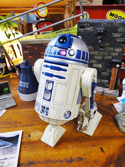 スターウォーズ R2-D2のコレクターズフィギュア トーキング機能内蔵 ■ アメリカ雑貨 アメリカン雑貨 スターウォーズ グッズ プレゼント フィギュア おしゃれ 北欧 かわいい アメキャラ アメコミ