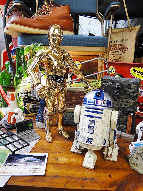 スターウォーズ R2-D2とC-3POのコレクターズフィギュア トーキング機能内蔵 2体セット ■ アメリカ雑貨 アメリカン雑貨