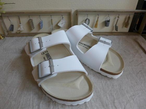 再入荷 BIRKENSTOCK正規販売店 BIRKENSTOCKArizona 日本製 アリゾナ 購入 ホワイト051733ビルケンシュトック