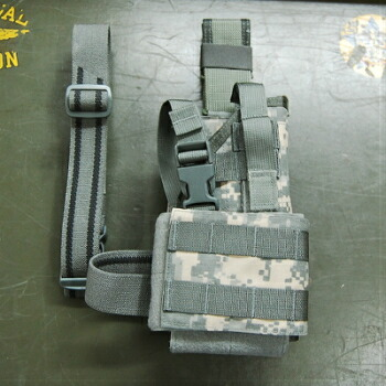 US(米軍放出品)MOLLE Style Universal 92F Holster ACU [UH-92F-MS-UCA][Eagle Industries]