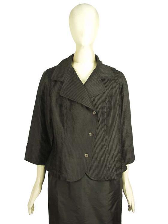 きゃら(Cara) タイシルク ピンタック テーラードカラー ジャケット 七分袖 ブラック ミセス シニア 40代 50代 60代 70代 大人服 送料無料