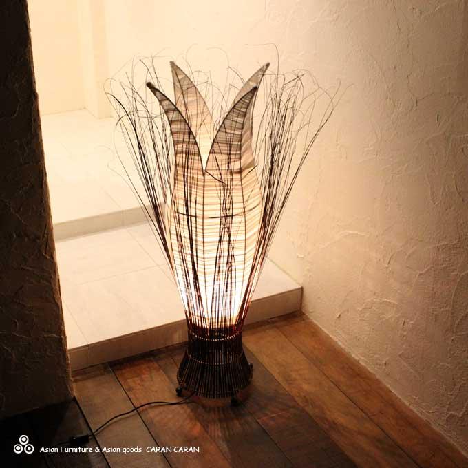Caran2 Asian Lamp Basic Form Of The Flower Arrangement