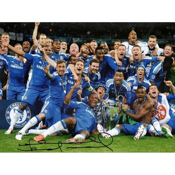 フランク・ランパード 直筆サイン入りフォト チェルシー ザ・ウィニング・チーム (Signed Chelsea Football Photo: The Winning Team) / Frank Lampard