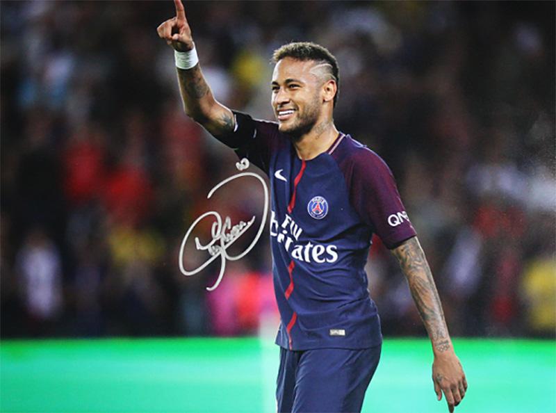 ネイマール 直筆サインフォト パリ・サンジェルマンFC パリのアイコン Signed Paris Saint-Germain Photo: Parisian Icon / Neymar Jr. 5/10入荷
