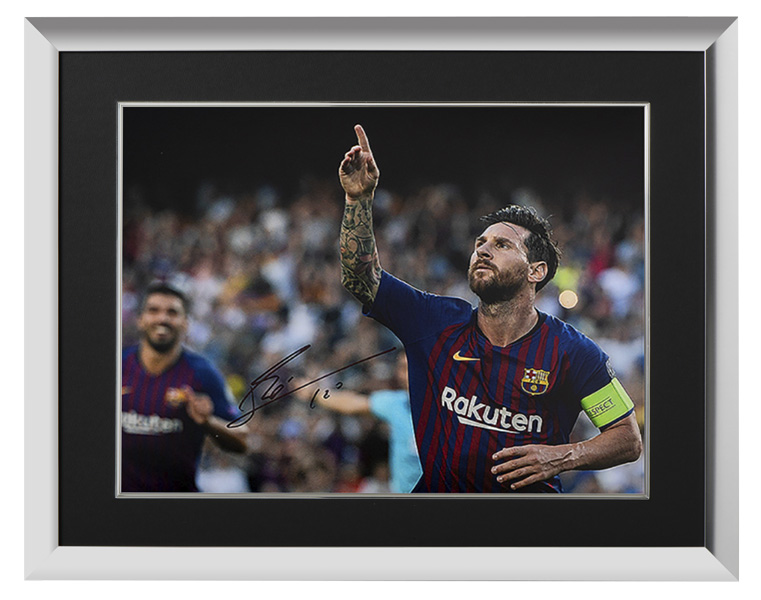 リオネル・メッシ 直筆サインフォト FC バルセロナ UEFA チャンピオンズリーグ ハットトリック vs PSV 額装 (Lionel Messi Official Signed Barcelona Photo: UEFA Champions League Hatrick vs PSV) 1/30入荷