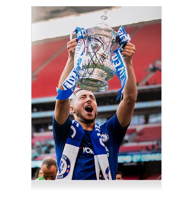 エデン・アザール チェルシー 2018 FA カップ ウィナー 直筆サインフォト Eden Hazard Signed Chelsea Photo: 2018 FA Cup Winner