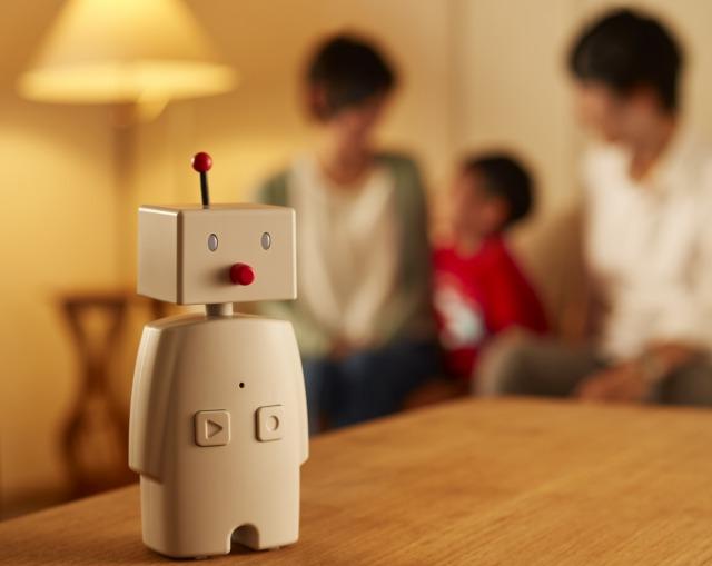 【送料無料】ボッコBOCCO コミュニケーションロボット