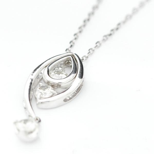 【送料無料】「愛」と「美」、そして「永遠」を象徴する3つの天然ダイヤモンド。[ Venus - ウェヌス ] プラチナ(Pt900)・スリーストーン・ラグジュアリー・天然ダイヤモンドネックレス【発送目安:2~3週間】【n】