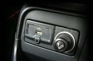 【TRIPOD/トライポッド】【RNG-USB】 RENEGADE (レネゲード) / TRAILHAWK・LIMITED・LONGITUDE USB/AUXダイレクト接続アダプター
