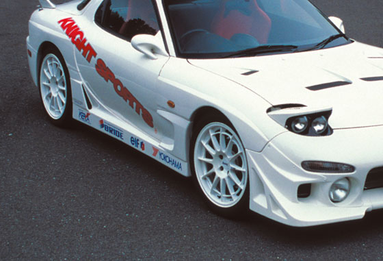 【KNIGHT SPORTS/ナイトスポーツ】 ブリスターフェンダーキット for RX-7 KDC-73901