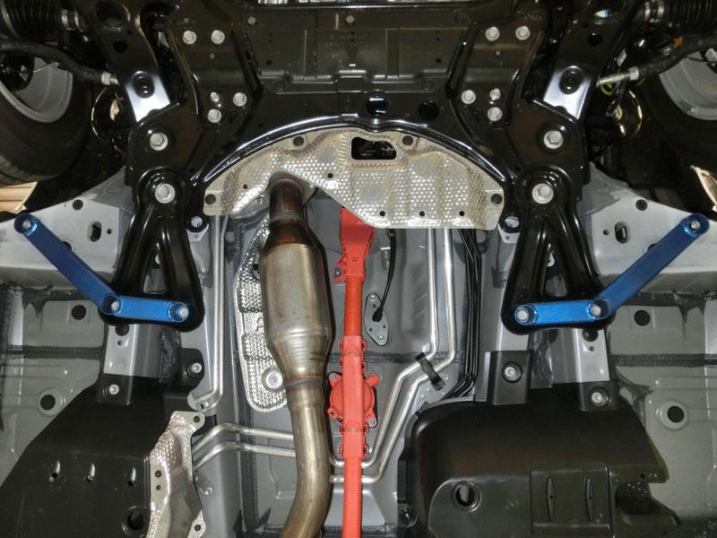 CUSCO(クスコ) パワーブレース フロントサイドアルファード/ヴェルファイアハイブリッド AYH30W 4WD
