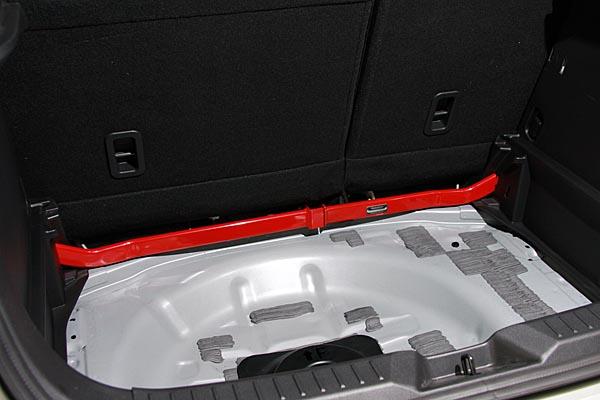 Auto Exe(オートエグゼ)フロアークロスバー(リア用)CX-3 DK系全車