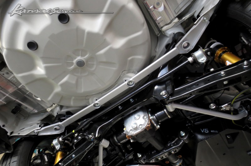 Kansai SERVICE(HKS関西サービス)リアメンバーブレスバースチールオーバルシャフト 4点止め レヴォーグ VMGVM4(1.6Lエンジン搭載車)未確認