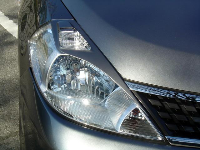 NSスタイル アイライン 左右セットティーダ 前期 C11,NC11(HID車除く) H16.9~H19.12純正カラー塗装済み