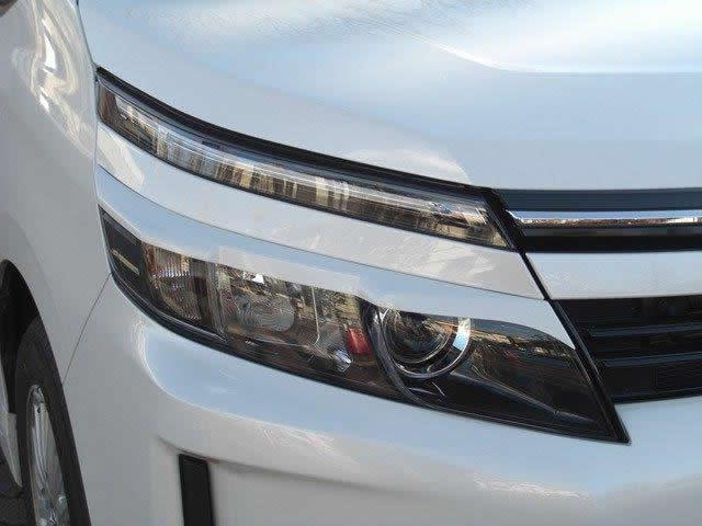 NSスタイル アイライン左右セットヴォクシーハイブリッド(LED用) ZWR80G H26.1~純正カラー塗装済み NO.2