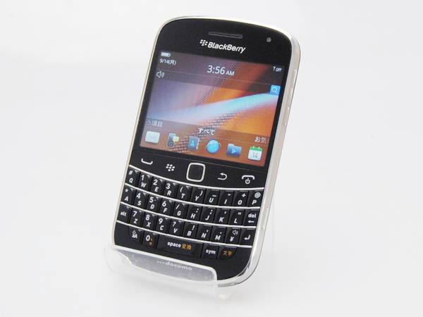 【送料無料!中古美品】 docomo BlackBerry Bold 9900 ブラック 本体 白ロム 【日祝発送OK】【モバックス】