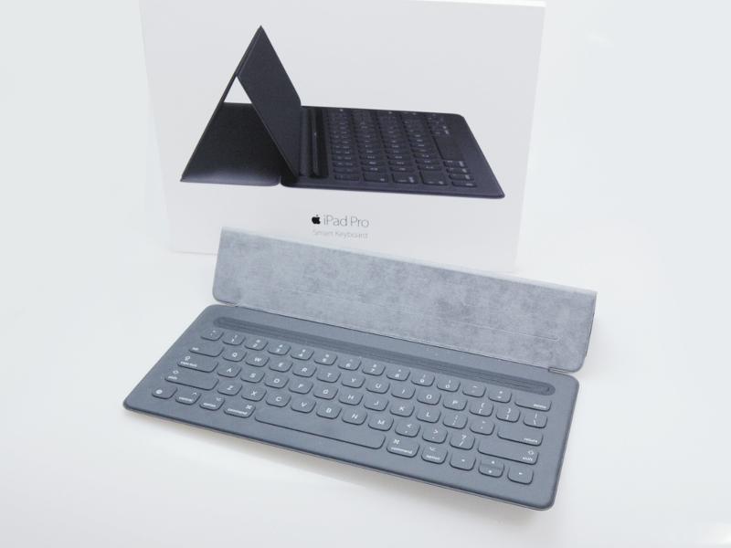 【送料無料!中古美品】12.9インチiPad Pro用Smart Keyboard MJYR2AM/A 【日祝発送OK】【モバックス】