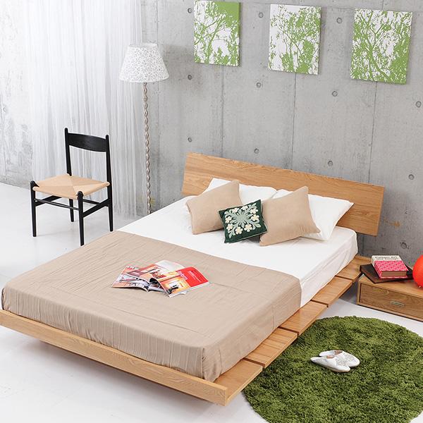 ステージタイプのベッドフレーム