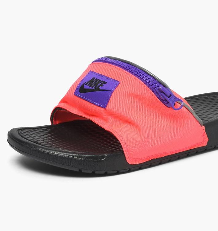 【代金引換不可】 送料無料 Men's メンズ 店舗限定 Nike Sportswear Benassi JDI Fanny Pack Hyper Punch Black Hyper Grape AO1037-600 ナイキ べナッシ JDI ファニー パック ピンク ブラック サンダル スニーカー アパレル ファッション