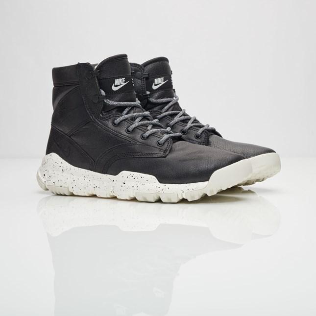 【代金引換不可】 送料無料 men's メンズ 店舗限定 NIKE SFB 6inch BOMBER NSW Black & Sail 862506-001 ナイキ SFB 6インチ ボンバー ブラック人気 おしゃれ かわいい スニーカー シューズ 靴 ファッション