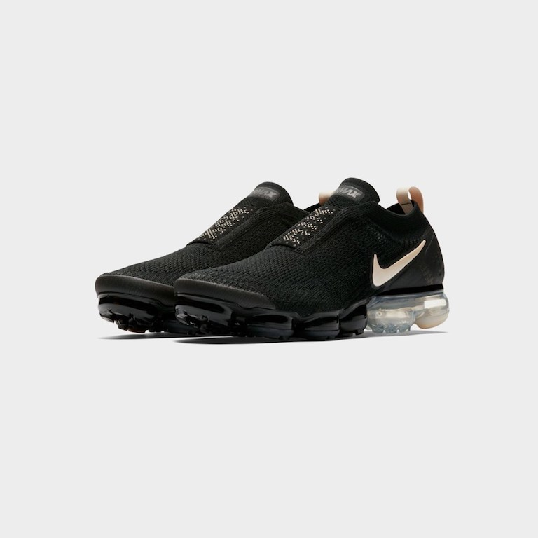 【代金引換不可】 送料無料 Men's メンズ 店舗限定 Nike Sportswear Air Vapormax Fk Moc 2 Black/Light Cream-White-Thunder Ah7006-002 ナイキ エア ヴァイパーマックス フライニット モック 2 ブラック クリーム アパレル ファッション