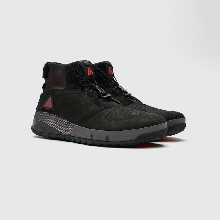 【代金引換不可】 送料無料 Men's メンズ 店舗限定 Nike ACG Ruckel Ridge Black/Black/Geode Teal/Habanero Red AQ9333-002 ナイキ ACG ラックルリッジ ブラック レッド アパレル ファッション