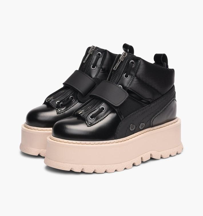 【代金引換不可】 送料無料 Women's ウーメンズ 店舗限定 海外限定 日本未発売 Puma X Fenty Strapped Sneaker Boot Black 365776-03 プーマ X フェンティ バイ リアーナ ストラップ スニーカー ブーツ ブラック 女子 女性 コラボ コラボレーション ファッション