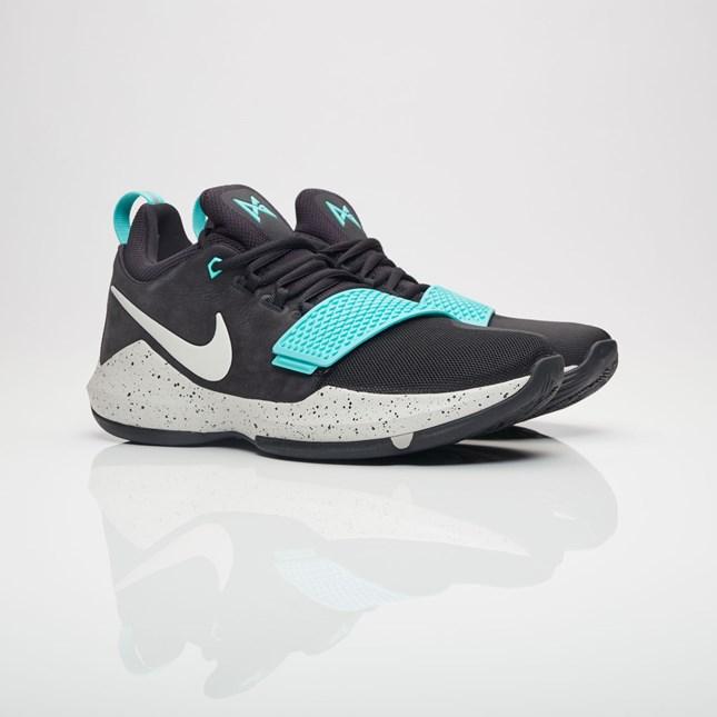 【代金引換不可】 送料無料 Men's メンズ 店舗限定 Nike Basketball PG 1 Black/Light Bone/Light Aqua 878627-002 ナイキ バスケットボール ポールジョージ 1 ブラック バッシュ ポール ジョージ スニーカー 靴 おしゃれ かわいい 人気 激安