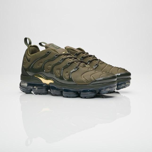 【代金引換不可】 送料無料 Men's メンズ 店舗限定 Nike Sportswear Air Vapormax Plus Cargo Khaki/Sequoia/Clay Green 924453-300 ナイキ スポーツウェア エア ヴェイパーマックス プラス カーゴ カーキ グリーン 靴 スニーカー アパレル ファッション