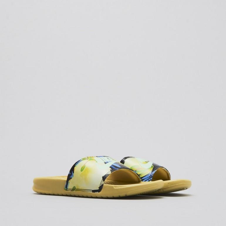 【代金引換不可】 送料無料 Women's ウーメンズ 店舗限定 海外限定 日本未発売 NIKE WMNS BENASSI JDI PRINT Yellow 618919-700 ナイキ べナッシー JDI プリント イエロー フラワー 花柄 女性 女子 靴 スニーカー アパレル ファッション