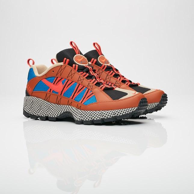 【代金引換不可】 送料無料 Men's メンズ 店舗限定 Nike Sportswear Air Humara '17 QS Dark Russet/Habanero Red/Blue Nebula AO3297-200 ナイキ スポーツウェア エア フマラ 17 QS ブラウン ブルー ピンク ブラック 靴 スニーカー