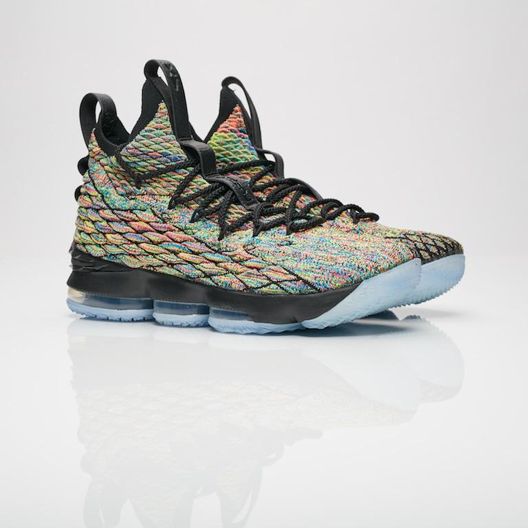 【代金引換不可】 送料無料 Men's メンズ 店舗限定 Nike Basketball Lebron XV Multi-Color/Black 897648-901 ナイキ バスケットボール レブロン XV マルチカラー 靴 スニーカー アパレル ファッション