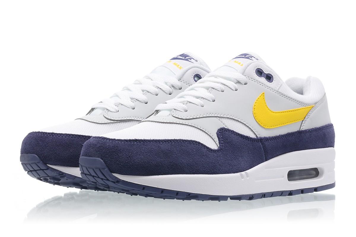 【代金引換不可】 送料無料 Men's メンズ 店舗限定 Nike AIR MAX 1 White/Tour Yellow-Blue Recall AH8145-105 ナイキ エアマックス 1 ホワイト イエロー ブルー 靴 スニーカー アパレル ファッション