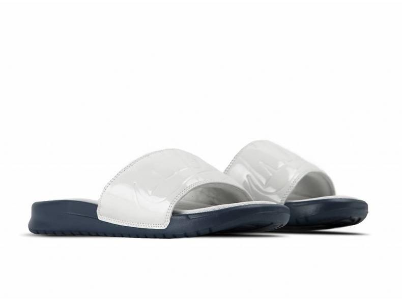 【代金引換不可】 送料無料 Women's ウーメンズ 店舗限定 NIKE BENASSI JDI ULTRA LUX W VAST GREY & OBSIDIAN AO2408-001 ナイキ べナッシー JD ウルトラ グレー サンダル 靴 スニーカー アパレル ファッション