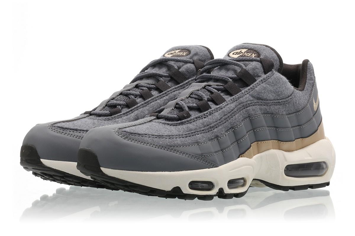 【代金引換不可】 送料無料 Men's メンズ 店舗限定 Nike AIR MAX 95 PREMIUM Cool Grey/Mushroom-Deep Pewter-Wolf Grey 538416-009 ナイキ エア マックス 95 プレミアム クール グレー 靴 シューズ 人気 ファッション アパレル
