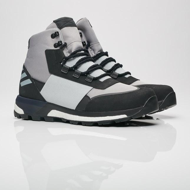 【代金引換不可】 送料無料 Men's メンズ 店舗限定 Adidas Consortium ADO Ultimate Boot Light Onix/ Stone/Black/White CQ2609 アディダス コンソーシアム ADO ウルティマイト ブーツ ライトオニキス/ストーン/ブラック-ホワイト 人気 スニーカー シューズ 靴