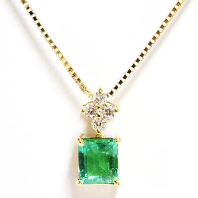 エメラルド フラワークロスダイヤモンド ペンダント ネックレス K18イエローゴールド誕生日クリスマスプレゼント