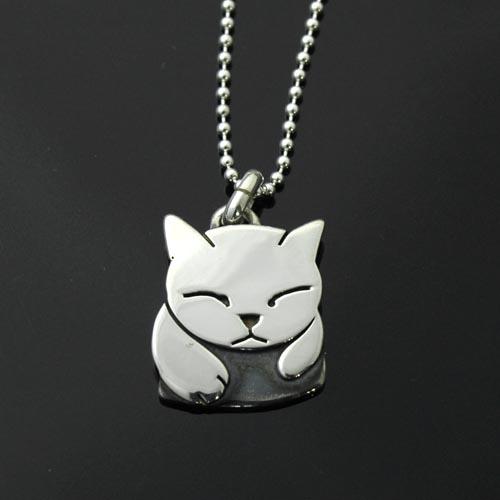 猫シルバー ハンドメイドペンダント「箱入り猫」(小)【猫 アクセサリー】