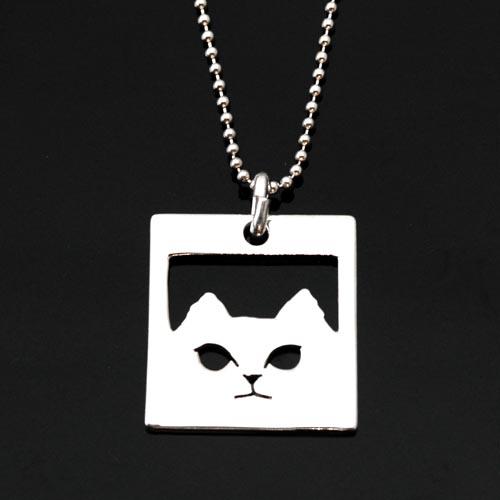 シルバー 猫 ペンダント「チンチラ角」【猫 アクセサリー ネックレス】