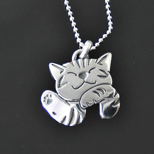 猫シルバー ハンドメイドペンダント「ハロー」【猫 アクセサリー ネックレス】