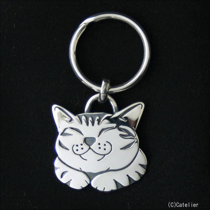猫 シルバーキーリング シルバーアクセサリー作家 江口タツオさんのオーダーキーリング「笑う猫」【猫 アクセサリー】