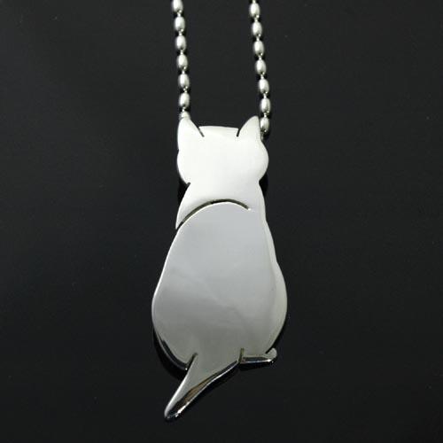 猫 シルバー ハンドメイドペンダント「うしろすがた」(大)【猫 アクセサリー ネックレス】