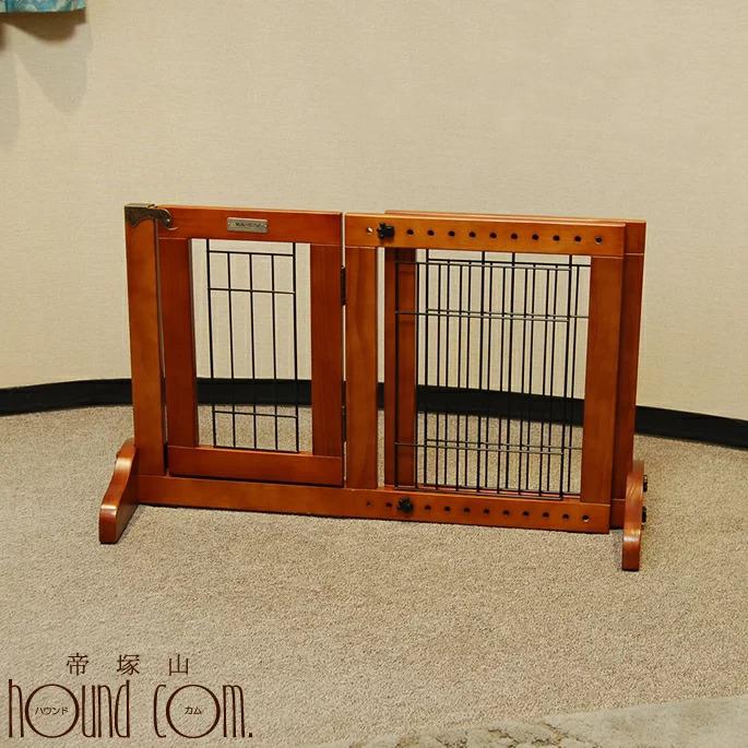 犬用 木製 ゲート レギュラー Sサイズ 扉付き 横幅調整 シンプル おしゃれ 大幅値下げランキング 発売モデル プラス シンプリーシールド ナチュラル FWM01-S