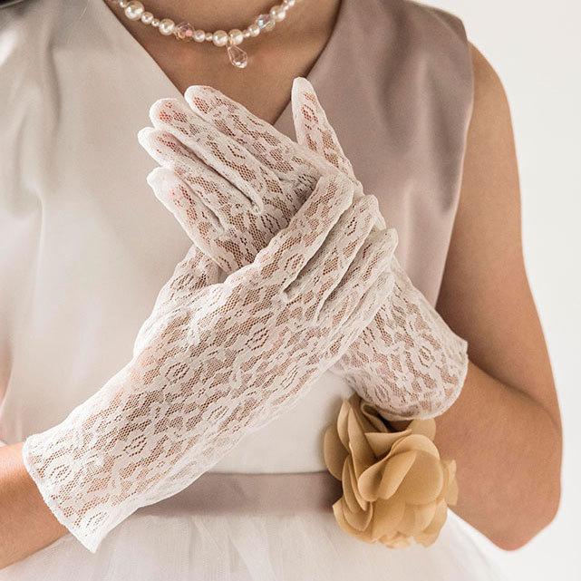 子供ドレスに 白グローブ ロング丈ショート丈 手袋 TK6056結婚式 激安セール 発表会 フォーマル白 ブライダル ピアノ発表会 グローブ キッズドレス 2020 YUP4《ネコポス優先商品》