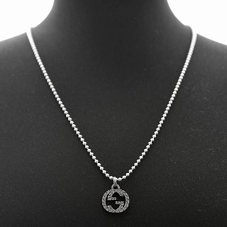 88742f080 ... Gucci GUCCI 455288-J8400-0701 engraving interlocking grip G charm