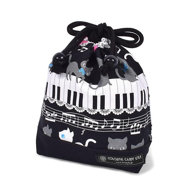 巾着 小 コップ袋 ネームタグ付き ピアノの上で踊る黒猫ワルツ ブラック 子供用 幼稚園 コップ 最安値 巾着袋 入園準備 保育園 袋 人気海外一番 コップ入れ