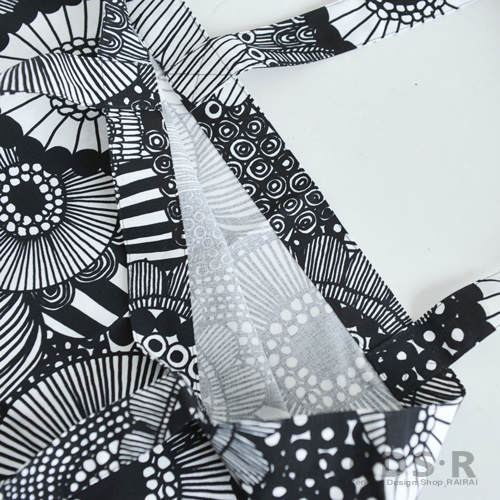 Marimekko SIIRTOLAPUUTARHA Tote Bag Eco White X Black 99190 N