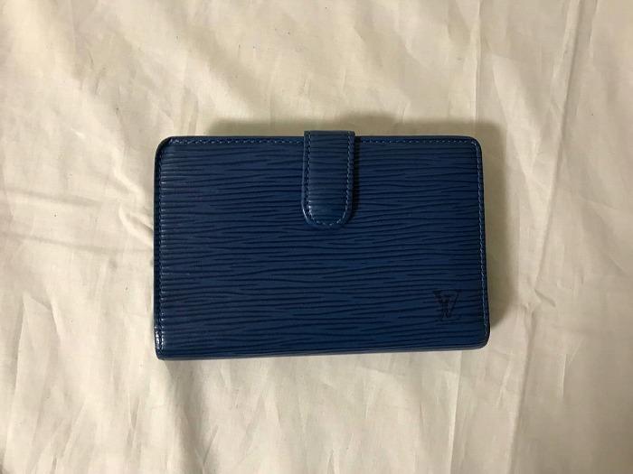 【中古】美品本物ルイヴィトンLVエピがま口二つ折り財布サイフ札入れメンズレディース旅行トラベルビジネススーツカードケース青ブルー