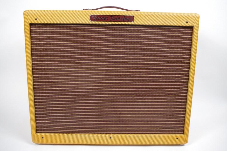 【1本限りの厳選中古品!!】FENDER USA フェンダーUSA Custom Series '57 Twin-Amp ギターアンプ(コンボ) 【USED】【中古】